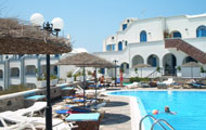 Robertos Villas Perivolos, Perissa, Santorini Island, close to the beach
