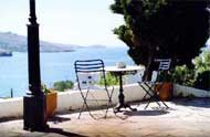 Blue dolphin rooms,Kiklades,Andros,Batsi,with pool,with bar