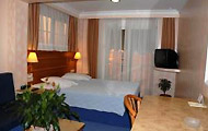 Noufara Hotel, Hotels and Apartments in Piraeus, Holidays and Rooms in Greece