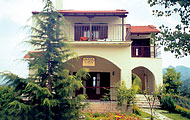 Aloni Guesthouse, Theodariana, Vourgareli, Arta,Epiros, North Greece Hotels